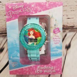 ⭐Little Mermaid watch Disney ARIEL New flashes LCD